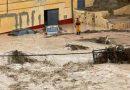 Страшни поплави во Шпанија, тројца загинати и десетици евакуирани
