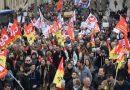 Генералниот штрајк против плановите на Макрон за промена на пензискиот систем еден од најмасовните во Франција