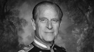 Почина британскиот принц Филип, сопругот на кралицата Елизабета Втора