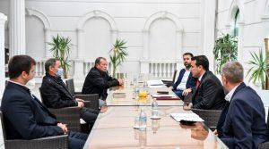 Oризопроизводителите од кочанско задоволни од понудените решенија на средбата со Заев и Хоџа